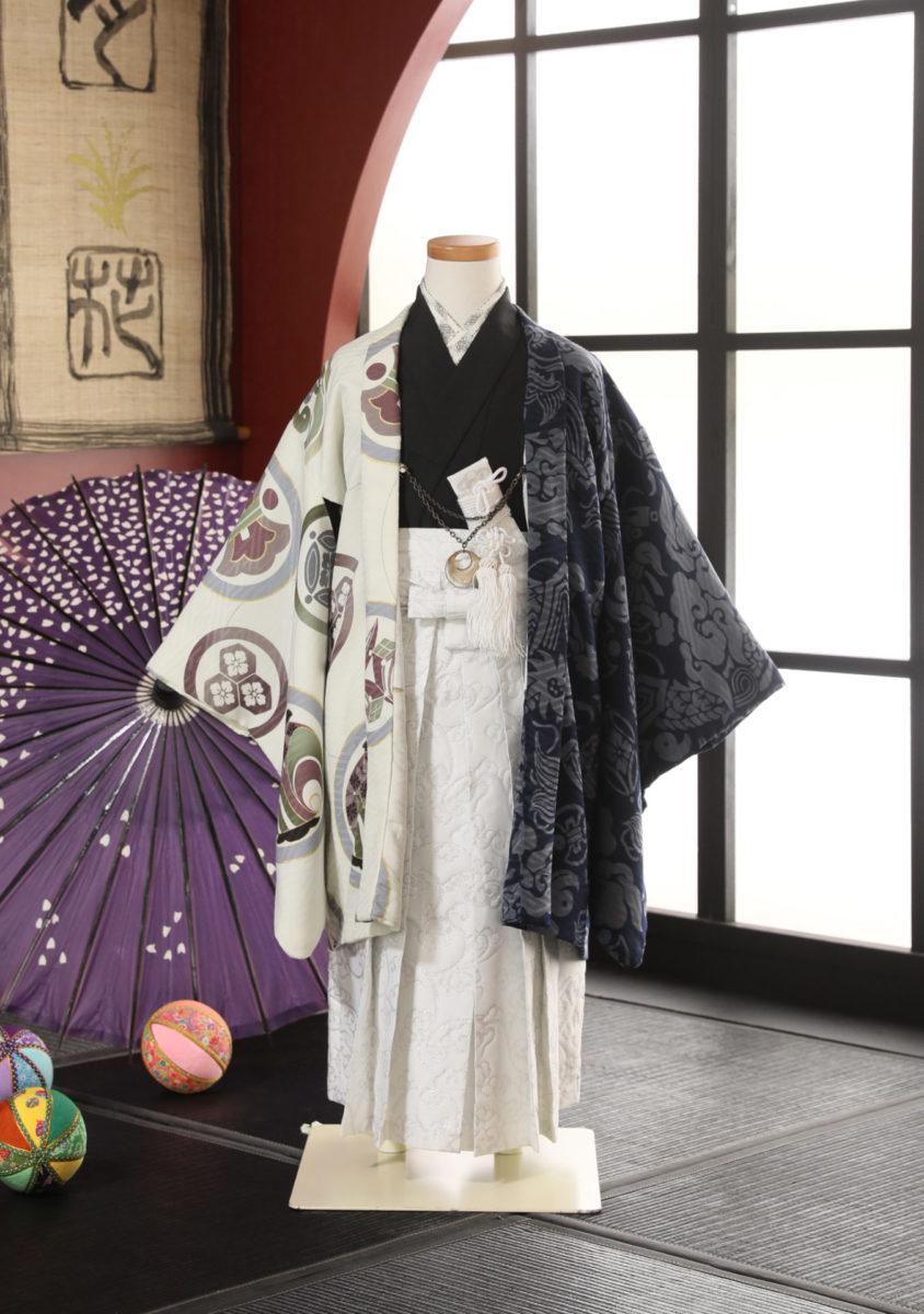 5-246kWH-O 芸艸堂 白紺家紋に龍 袴57-63