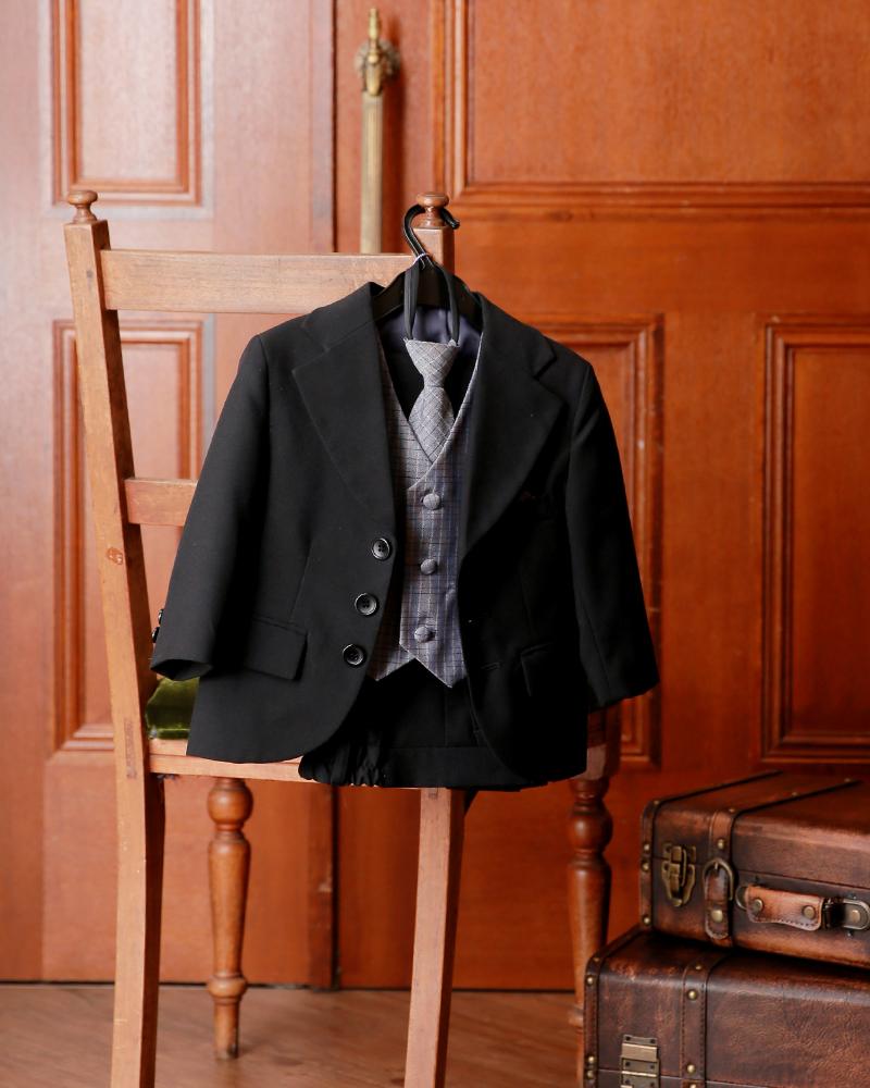 2-02SBK-U 黒スーツ